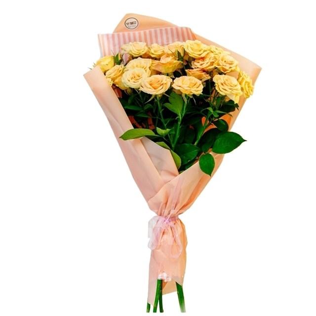 Букет из 75 кустовых роз кремовых - фото 7170