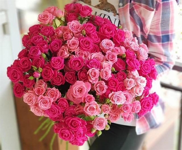 Букет из кустовых роз - фото 7322