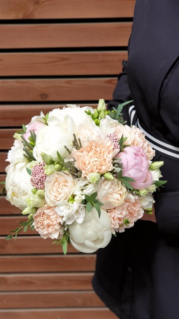 Свадебный букет белый ангел - фото 7837