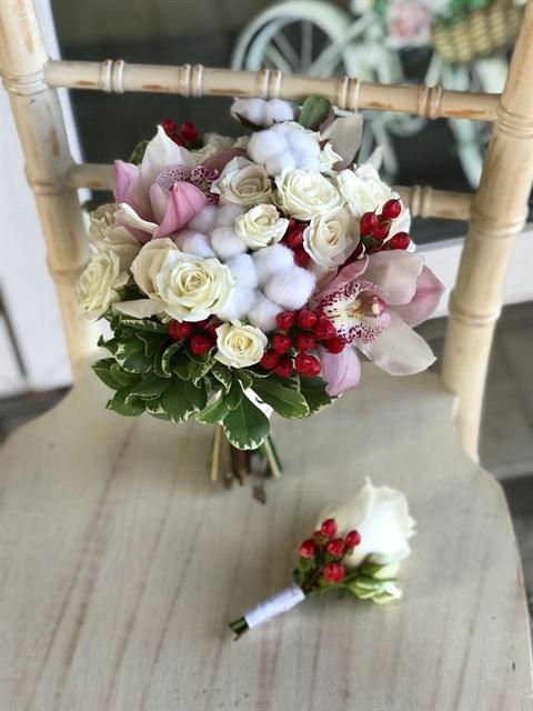 Букет невесты Нежные ягоды - фото 8577